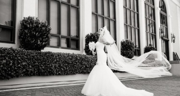 Do you truly know how to choose ​your perfect wedding photographer?