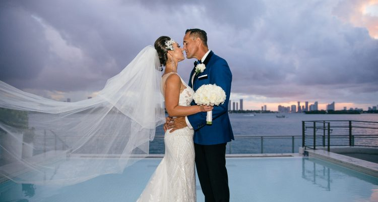How important it is that your wedding photographer worked at your venue before?
