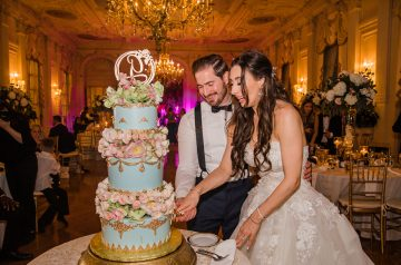The Bride Had Fairytale Wedding Cake For Her Gilded Mansion Wedding