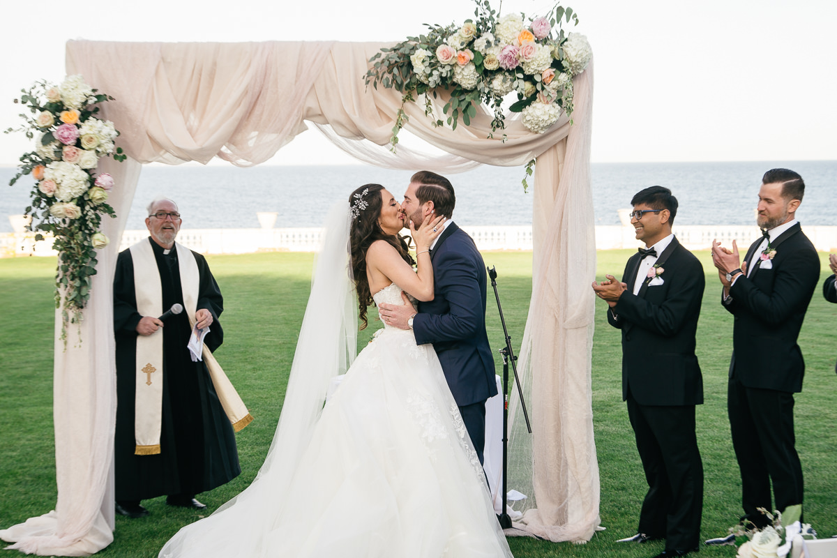 gilded-mansion-wedding-rosecliff-0952