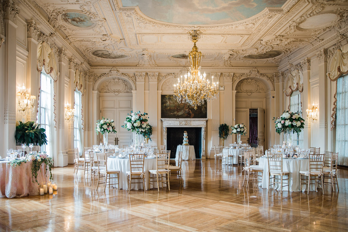 gilded-mansion-wedding-rosecliff-1226