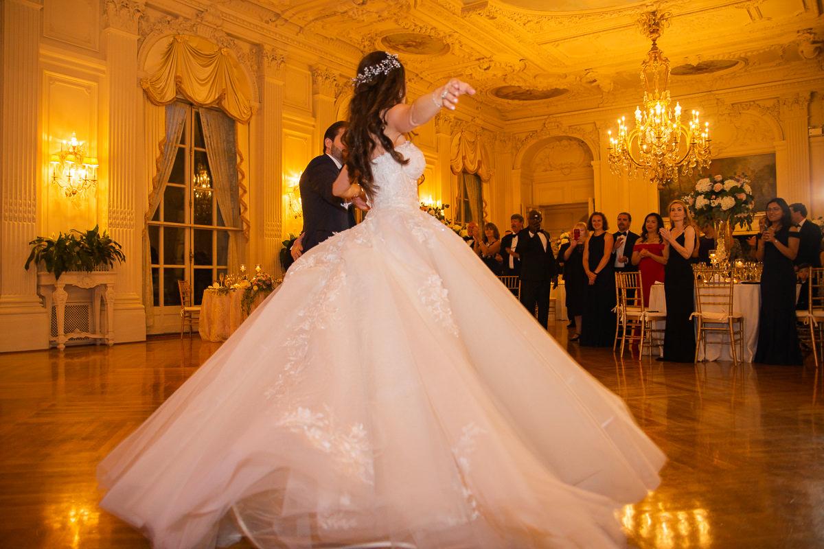 gilded-mansion-wedding-rosecliff-1443