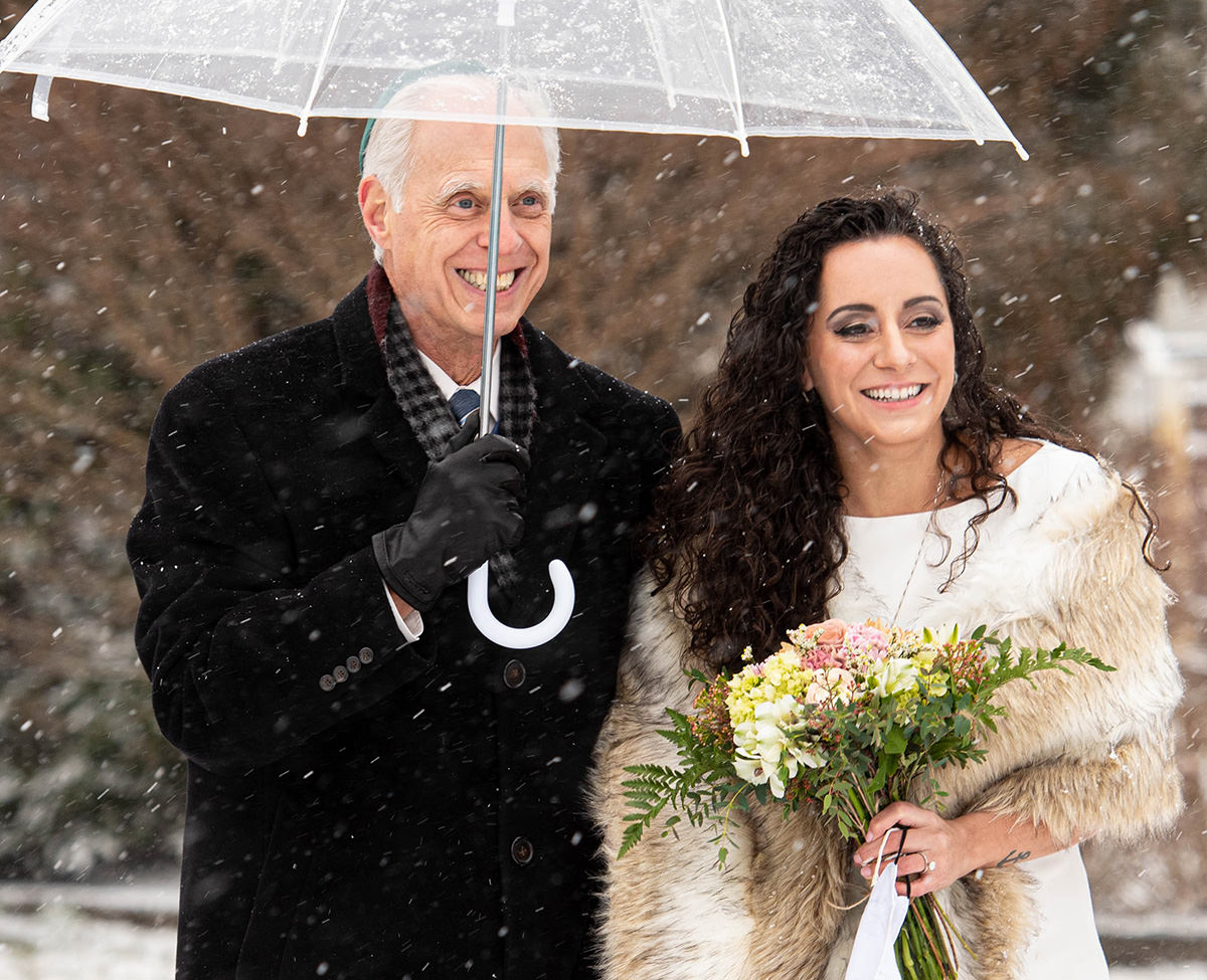 winter covid wedding